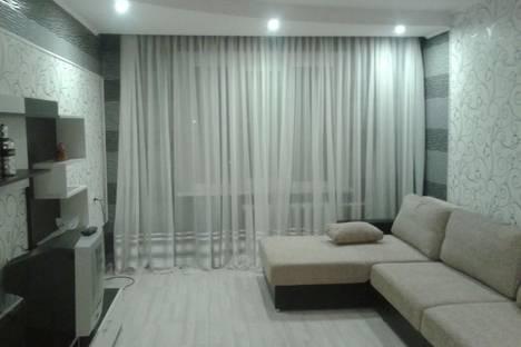 Сдается 2-комнатная квартира посуточно в Борисове, Песчаная улица, 71.