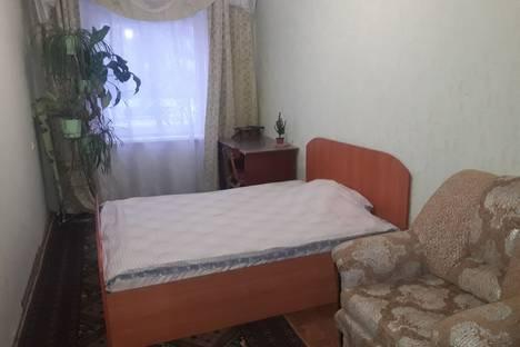 Сдается 2-комнатная квартира посуточно в Златоусте, проспект 30-летия Победы, 9.