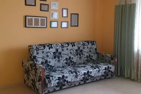 Сдается 3-комнатная квартира посуточно в Кстове, улица Кстовская, 5.