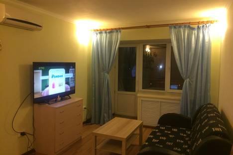 Сдается 1-комнатная квартира посуточно в Казани, Горьковское шоссе, 15.