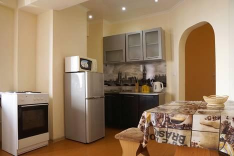 Сдается 2-комнатная квартира посуточно в Улан-Удэ, улица Цивилева, 42.