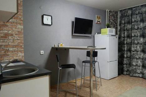 Сдается 1-комнатная квартира посуточно в Перми, улица Крылова, 15.
