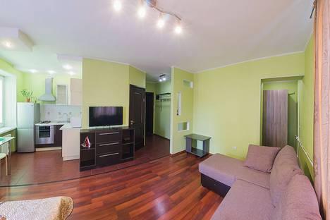 Сдается 1-комнатная квартира посуточно в Новосибирске, проспект Карла Маркса, 7.