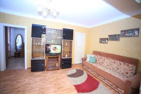 Сдается 2-комнатная квартира посуточно в Хабаровске, улица Серышева, 21.