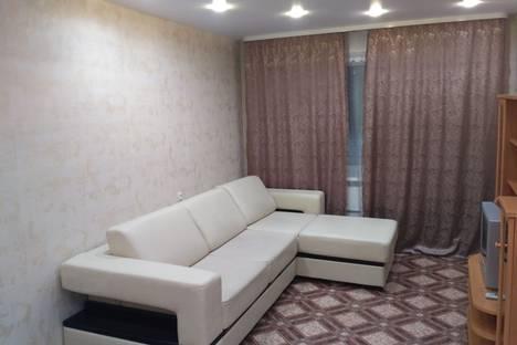 Сдается 1-комнатная квартира посуточно в Саянске, Мирный микрорайон, 6.
