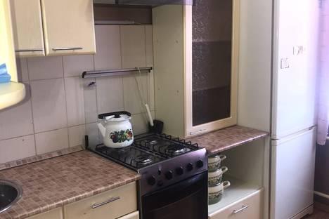 Сдается 2-комнатная квартира посуточно в Балакове, улица Свердлова, 47.