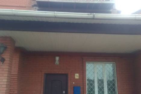 Сдается коттедж посуточно в Таганроге, улица Адмирала Крюйса, 23.