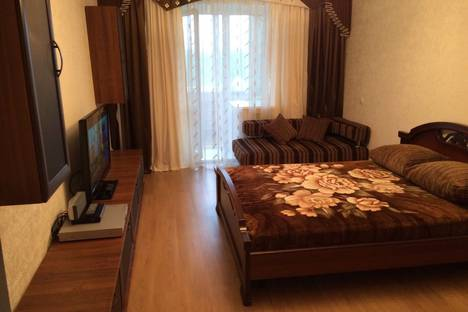 Сдается 1-комнатная квартира посуточно в Ухте, улица Тиманская, 10.