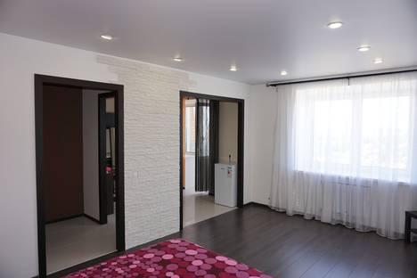 Сдается 1-комнатная квартира посуточно в Берёзовском, улица Гагарина, 29.