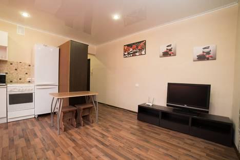 Сдается 2-комнатная квартира посуточно в Челябинске, улица Российская, 167.