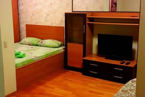 Сдается 1-комнатная квартира посуточно в Челябинске, улица Энгельса, 39.