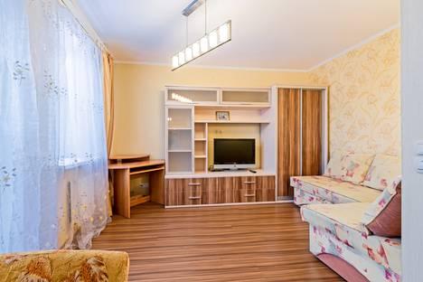 Сдается 1-комнатная квартира посуточно в Санкт-Петербурге, улица Бутлерова, 40.