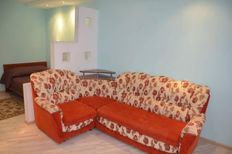 Сдается 1-комнатная квартира посуточно в Ухте, улица Тиманская, 15.