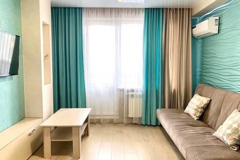 Сдается 3-комнатная квартира посуточно, улица Пирогова, 2к2.