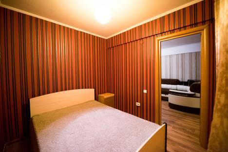 Сдается 3-комнатная квартира посуточно в Улан-Удэ, Профсоюзная улица.
