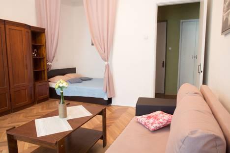 Сдается 1-комнатная квартира посуточно в Санкт-Петербурге, улица Восстания, 37.