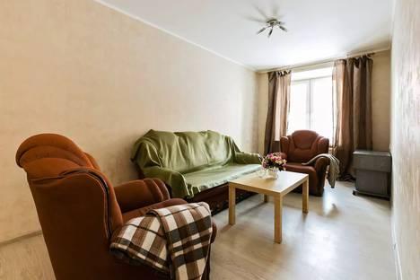 Сдается 2-комнатная квартира посуточно в Москве, ул Мариупольская 10.