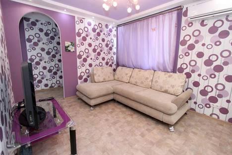 Сдается 2-комнатная квартира посуточно в Феодосии, Крымская улица, 29.