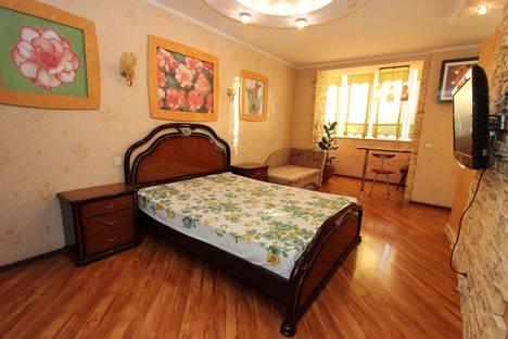 Сдается 1-комнатная квартира посуточно в Феодосии, улица Куйбышева, 6/13.
