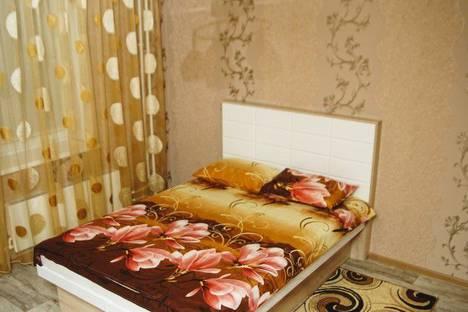 Сдается 1-комнатная квартира посуточно в Верхней Пышме, улица Уральских Рабочих, 44А.