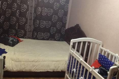 Сдается 3-комнатная квартира посуточно в Гагре, с Алахадзе, цитрусовый совхоз, д 25.