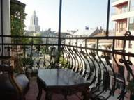 Сдается посуточно 4-комнатная квартира в Батуми. 155 м кв. улица   Джинчарадзе  10  кв  4