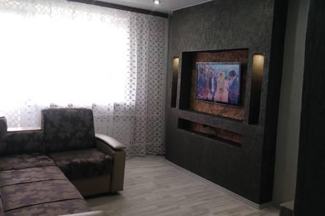 Сдается 3-комнатная квартира посуточно в Тулуне, улица Ленина, 90.