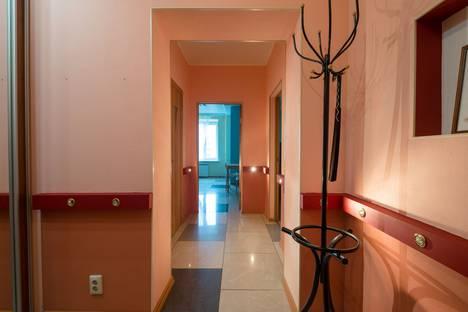 Сдается 1-комнатная квартира посуточно в Казани, улица Калинина, 69.