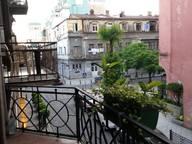 Сдается посуточно 1-комнатная квартира в Батуми. 40 м кв. ул. А.Мелашвили 5