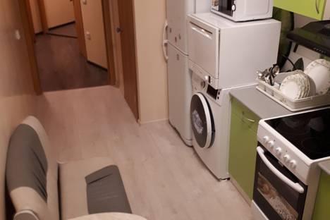 Сдается 2-комнатная квартира посуточно в Норильске, улица Кирова, 17.