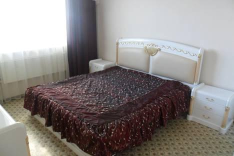Сдается 3-комнатная квартира посуточно в Нижневартовске, улица Мира, 27.