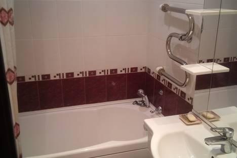 Сдается 3-комнатная квартира посуточно в Нижневартовске, улица Мира, 60 корпус 2.