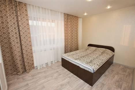 Сдается 2-комнатная квартира посуточно в Усть-Илимске, проспект Мира, 5.