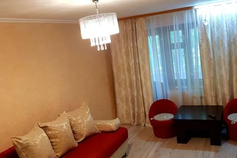 Сдается 3-комнатная квартира посуточно, полетаева дом 31 корп 1.
