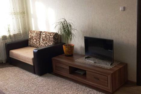 Сдается 1-комнатная квартира посуточно в Кировске, Олимпийская улица, 71.