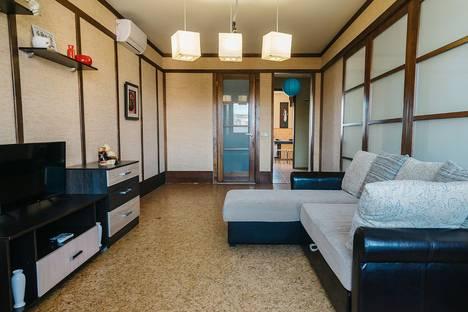 Сдается 2-комнатная квартира посуточно в Ижевске, Удмуртская улица, 288.