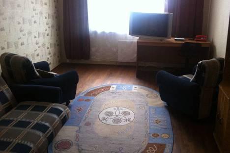 Сдается 1-комнатная квартира посуточно в Кировске, улица Кондрикова, 6.