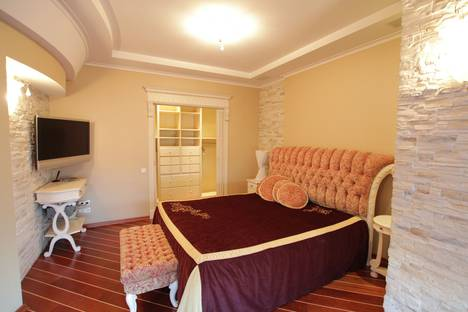 Сдается 3-комнатная квартира посуточно в Москве, Новый Арбат улица, 6.