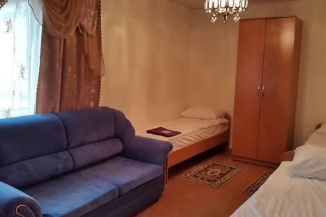 Сдается 2-комнатная квартира посуточно в Норильске, улица Орджоникидзе, 18.