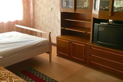 Сдается 1-комнатная квартира посуточно, ул. Советская,25.