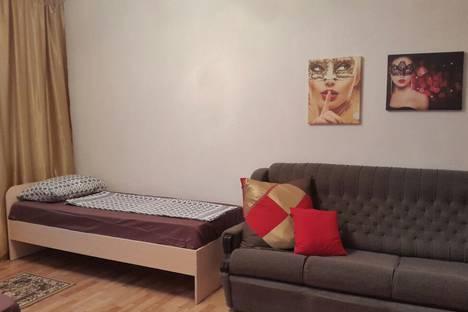 Сдается 1-комнатная квартира посуточно в Норильске, Ленинский проспект, 37.