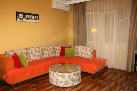 Сдается 3-комнатная квартира посуточно в Батуми, Улица Агмашенебели.