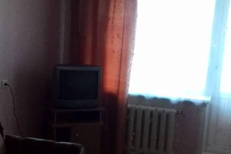 Сдается 1-комнатная квартира посуточно в Кургане, улица Яблочкина, 6.