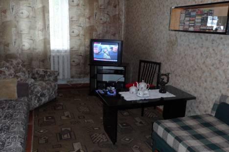 Сдается 2-комнатная квартира посуточно в Барановичах, улица Фроленкова, 12.