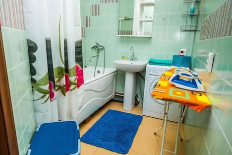 Сдается 2-комнатная квартира посуточно в Тюмени, улица Ямская, 88.