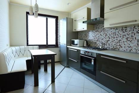 Сдается 2-комнатная квартира посуточно в Жлобине, микрорайон 19.