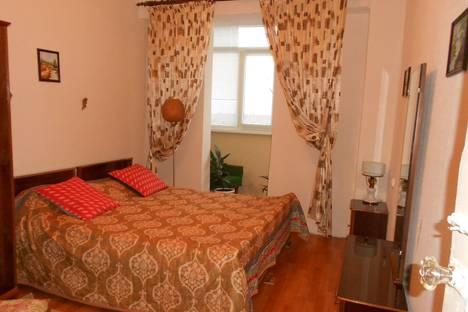 Сдается 2-комнатная квартира посуточно в Пицунде, улица Агрба, 20.