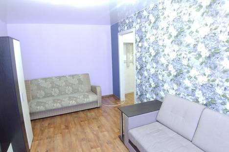 Сдается 1-комнатная квартира посуточно, проспект Дружбы, 2А.