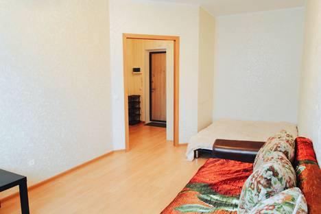 Сдается 1-комнатная квартира посуточно в Тюмени, улица Бакинских Комиссаров 3.
