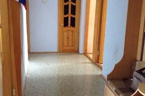 Сдается 4-комнатная квартира посуточно в Оренбурге, проспект Гагарина 54/1.